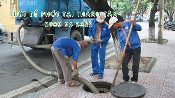 Hút bể phốt tại xã Thanh Tân