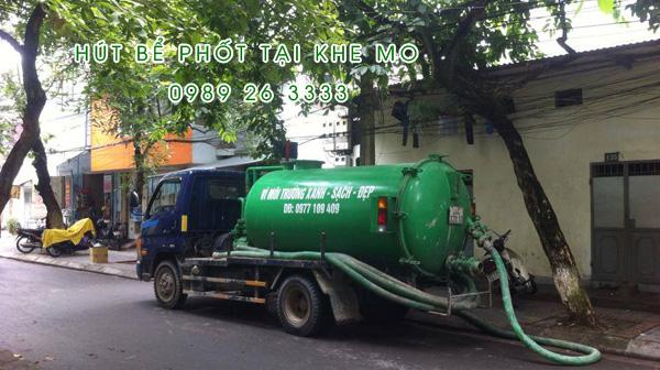 Hút bể phốt tại xã Khe Mo