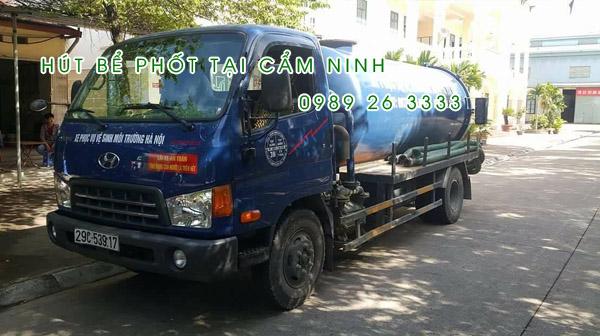 Hút bể phốt tại xã Cẩm Ninh