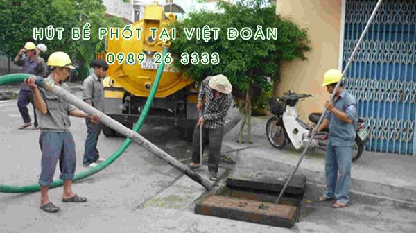 Hút bể phốt tại xã Việt Đoàn